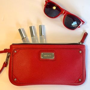 Nine West Wristlet | Red